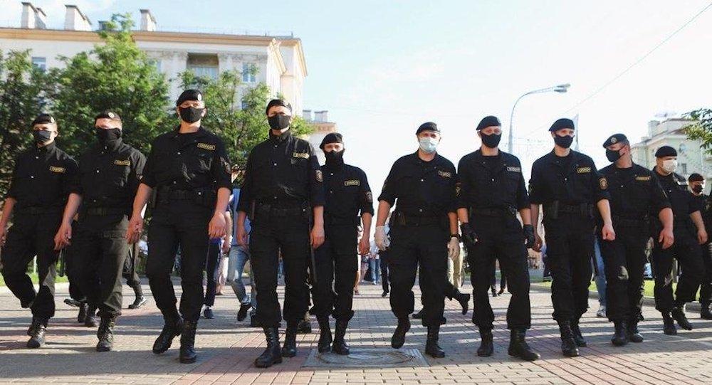 Арышт Бабарыкі, пратэсты і міністр Макей як частка банды
